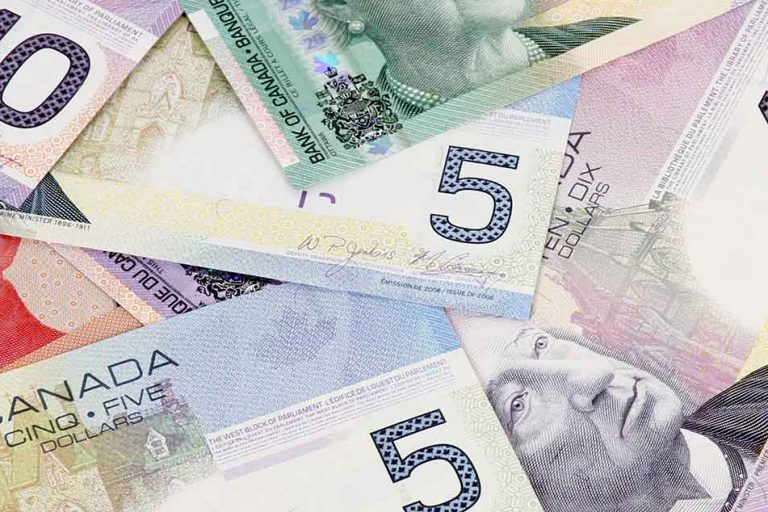 canadian-money-01